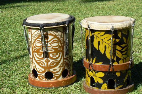 p1300056 dans Tahiti Tradition